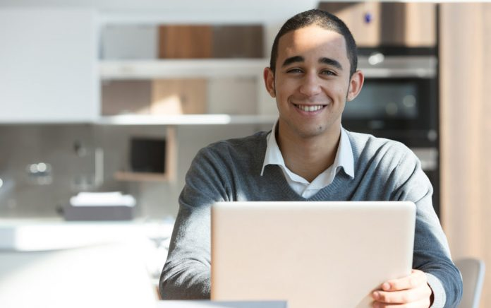 Turn Your Hobbies Into Cash With an Online Learning Program